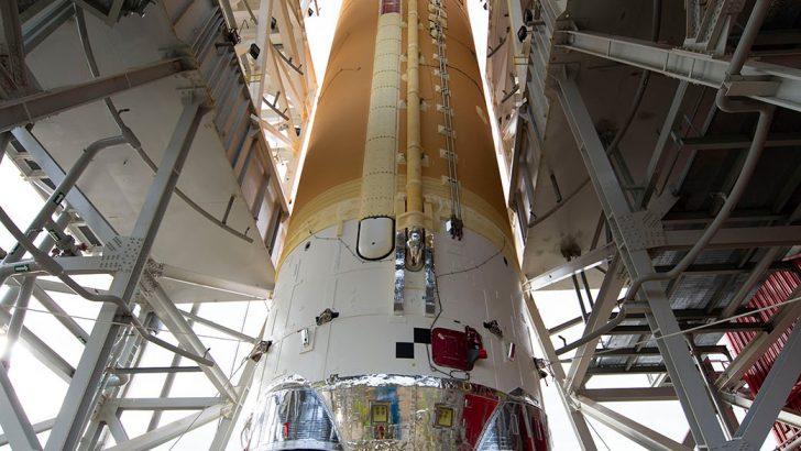 NASA Checks Out SLS Core Stage Avionics for Artemis I Mission